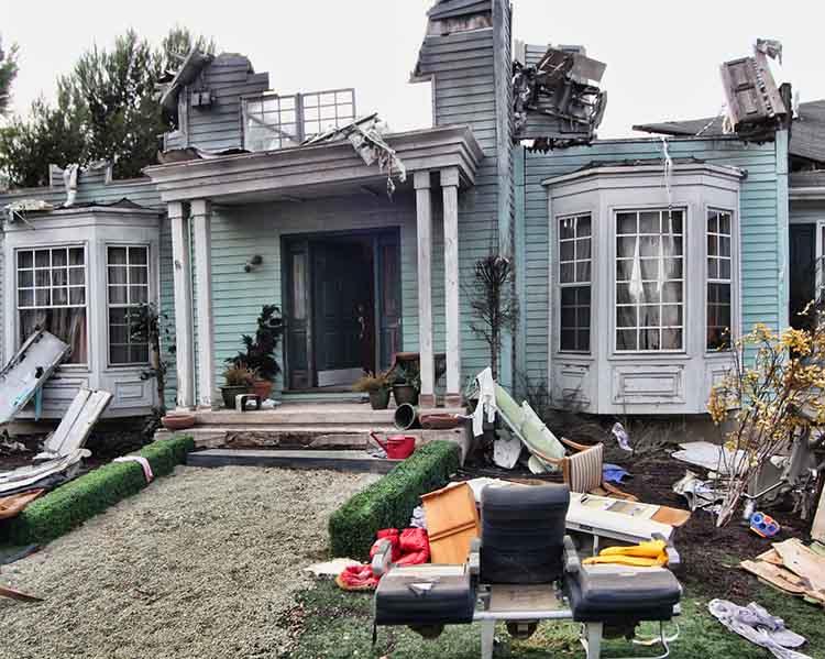 hurricane-damage-roof