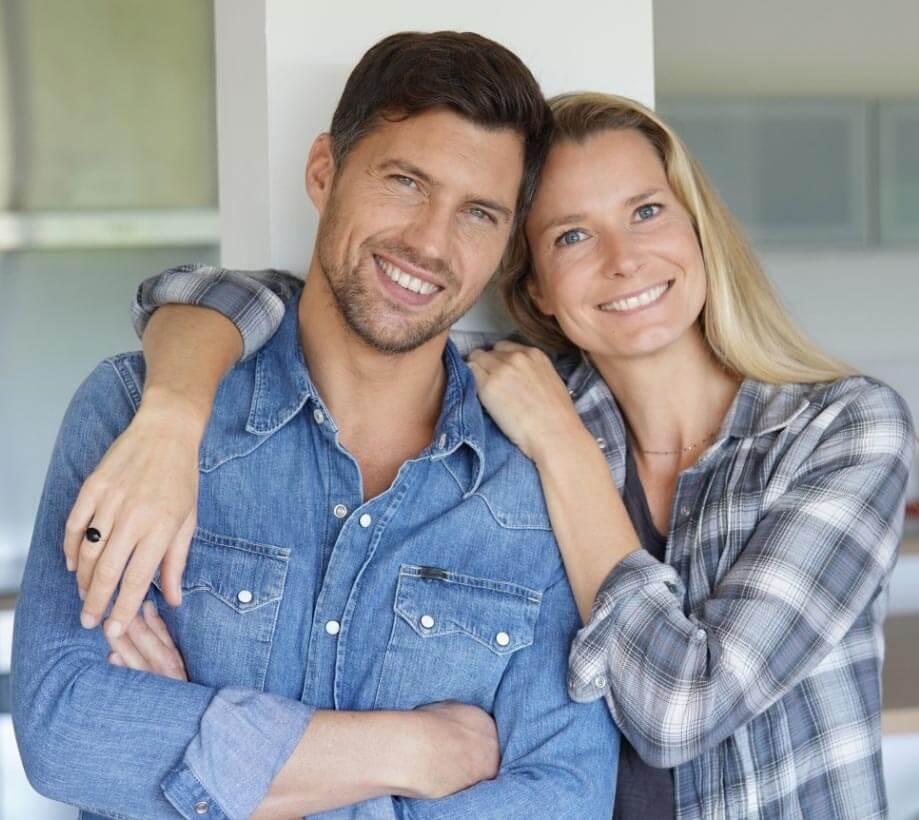 Testimonial section - Couple Image